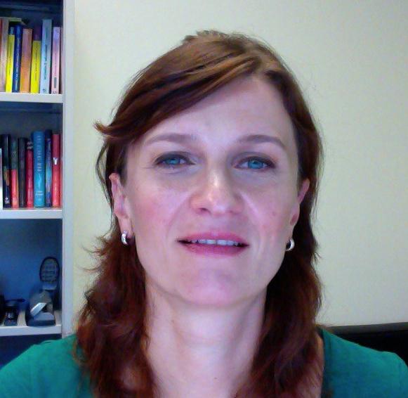Kat Makova Headshot